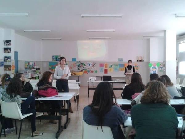 Nuttralia da una charla de Alimentación y Nutrición infantil en el Instituto PAX
