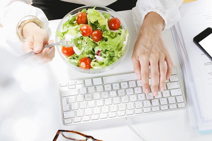 Consejos alimentarios para la vuelta a la rutina de trabajo